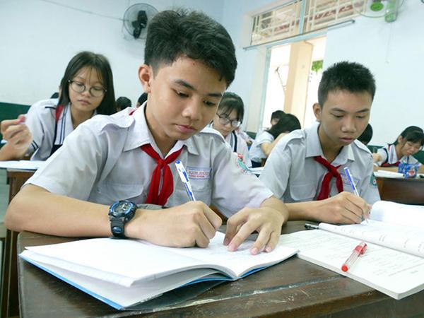 Tăng số câu hỏi thực tiễn trong đề thi tuyển sinh vào lớp 10 tp HCM